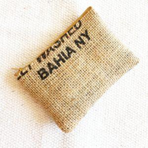 Porte monnaie en jute et tissu – Bahia –